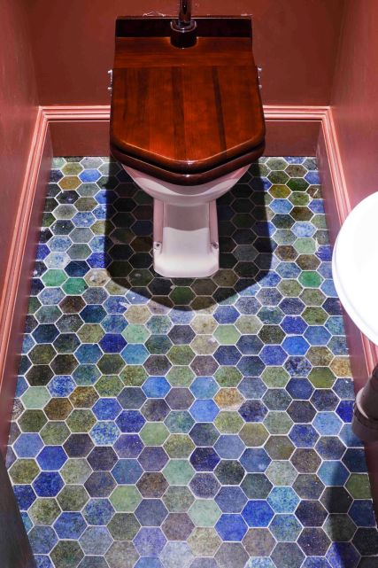 Toilets 3 _preview